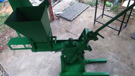 Máquina / Prensa Tijolo Ecológico e Triturador