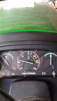 Trator John Deere 5078 E 4x4 13