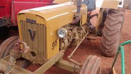 Trator Valtra/Valmet 65 ID 4x2 ano 83