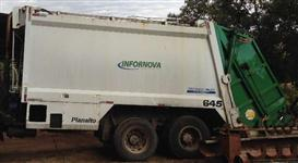 Coletor Compactador de Resíduos/Lixo (Marca Planalto)