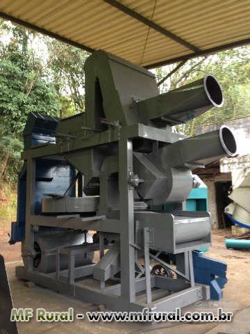 Máquina beneficiadora de café marca DAndréia Tipo 2 e 3 (5 a 10 sacas por hora)Toda revisada