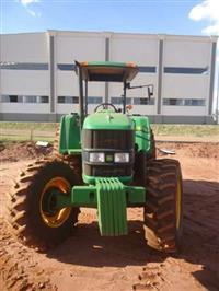 Trator John Deere 6110  110CV 4x4 ano 12