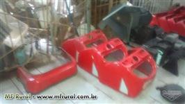 Peças novas e usadas para todos os modelos de tratores e colheitadeiras