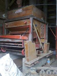 Maquina de pré limpeza para grãos