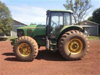 Trator John Deere Modelos 4x4 ano 06