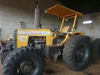 Trator CBT 8450 4x4 ano 89