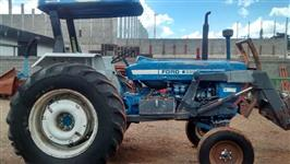 Trator Ford/New Holland 6600 4x4 ano 76