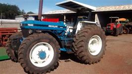 Trator Ford/New Holland 7630 4x4 ano 00