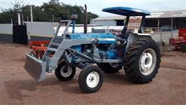 Trator Ford/New Holland 6600 4x2 ano 76