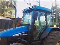 Trator Ford/New Holland TL 70 4x4 ano 03