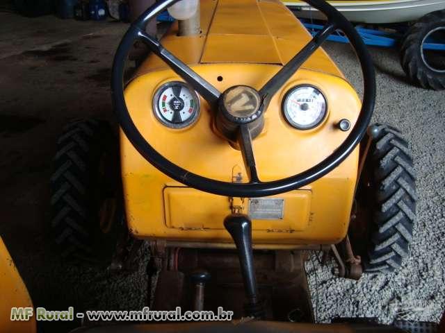 Trator Valtra/Valmet 65 ID 4x2 ano 80