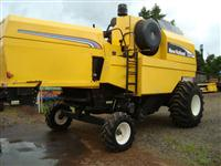 COLHEITADEIRA NEW HOLLAND, TC 57, COMPLETA, ANO 2008, HIDRO PLUS