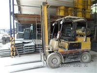 EMPILHADEIRA YALE - MODELO G83P050 - CAPACIDADE 2.500 Kgs - COMBUSTÍVEL GLP