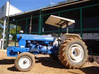 Trator Ford/New Holland 6600 4x4 ano 77
