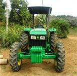Trator John Deere 5303 4x4 ano 08
