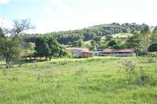 Vende - se sitio próximo a Represa de Xavantes