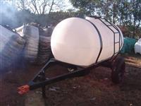 Carreta Agrícola 3.300 litros, Tanque em Polietileno Natura, sem Bomba e Pneu.