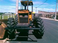 Trator Valtra/Valmet 148 4x4 ano 90