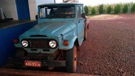 Vende-se Toyota ano 74, com Tanque Isotérmico de Inox com capacidade de 1500 Lts