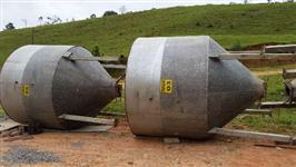 Silos de aço, revestido com fibra de vidro, inclinação 60°, capacidade 6.500 L