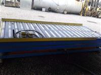 MESA ELEVATÓRIA HIDRÁULICA COM ROLETES E COM TRAÇÃO 3000mm X 1100mm