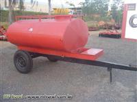 Carreta Tanque capacidade 2000 lts, com Pneus, marca Fiagro