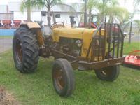 Trator Valtra/Valmet 85 ID 4x2 ano 80