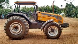 Trator Valtra/Valmet BM 125 i 4x4 ano 13