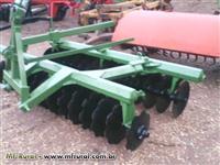Grade niveladora 32x20 transporte de hidráulico e uso de arrasto