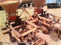 Cultivador/Adulbador de Cana 2 linhas DMB