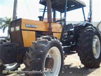 Trator Valtra/Valmet 785 4x4 ano 06