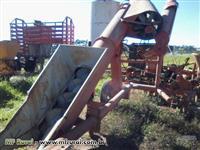 Espigadeira de milho Jumil CLM 800 usada