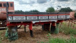 Carroceria de madeira para F4000 4,00x2,30 mts