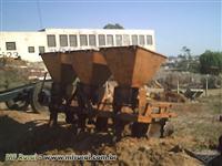 Cultivador/Adubador/Sulcador Beija Flor DMB 3 linhas