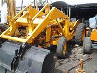 Trator Carregadeiras PULA-PULA 4x2 ano 80