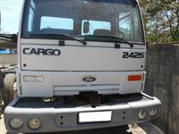 Caminh�o  Ford Cargo 2425  ano 02