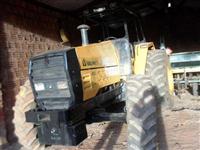 Trator Valtra/Valmet 1580 4x4 ano 96