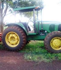 Trator John Deere 6405 4x4 ano 08