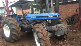 Trator Ford/New Holland 8030 4x4 ano 01