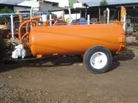 Distribuidor de Esterco líquido, a vácuo, Churumeira, com capacidade de 3000 lit