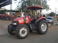 Trator Case Farmall 80 4x4 ano 09