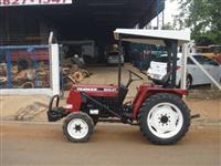 Trator Yanmar 1045DT 4x4 ano 02
