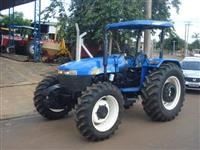 Trator Ford/New Holland TT4030 4x4 ano 09