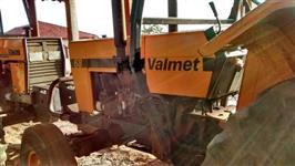 Trator Valtra/Valmet 68 4x2 ano 89