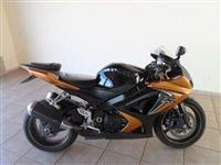 Moto Suzuki 1000