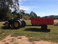 Carreta agrícola hidraulica para silagem