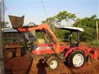 Trator Agrale 4230.4 4x4 ano 10