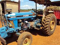 Trator Ford/New Holland 5610 4x2 ano 87