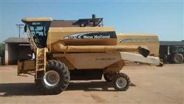 Colheitadeira New Holland TC 57 Hydro Plus ano 2006