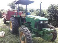 Trator John Deere 5403 4x4 ano 07